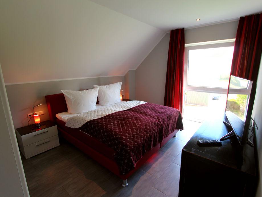 ferienhaus luxus villa tee time wellness am golfplatz. Black Bedroom Furniture Sets. Home Design Ideas