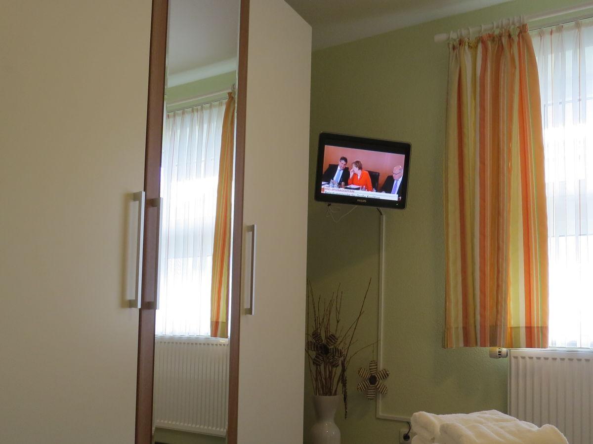ferienwohnung 1 4 am ankerplatz b sum firma ferienwohnungen lilo sattler herr christian. Black Bedroom Furniture Sets. Home Design Ideas