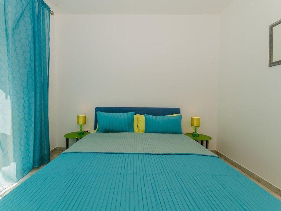 ferienwohnung boras 1 dalmatien insel vir firma adela travel j d o o firma adela turkovic. Black Bedroom Furniture Sets. Home Design Ideas