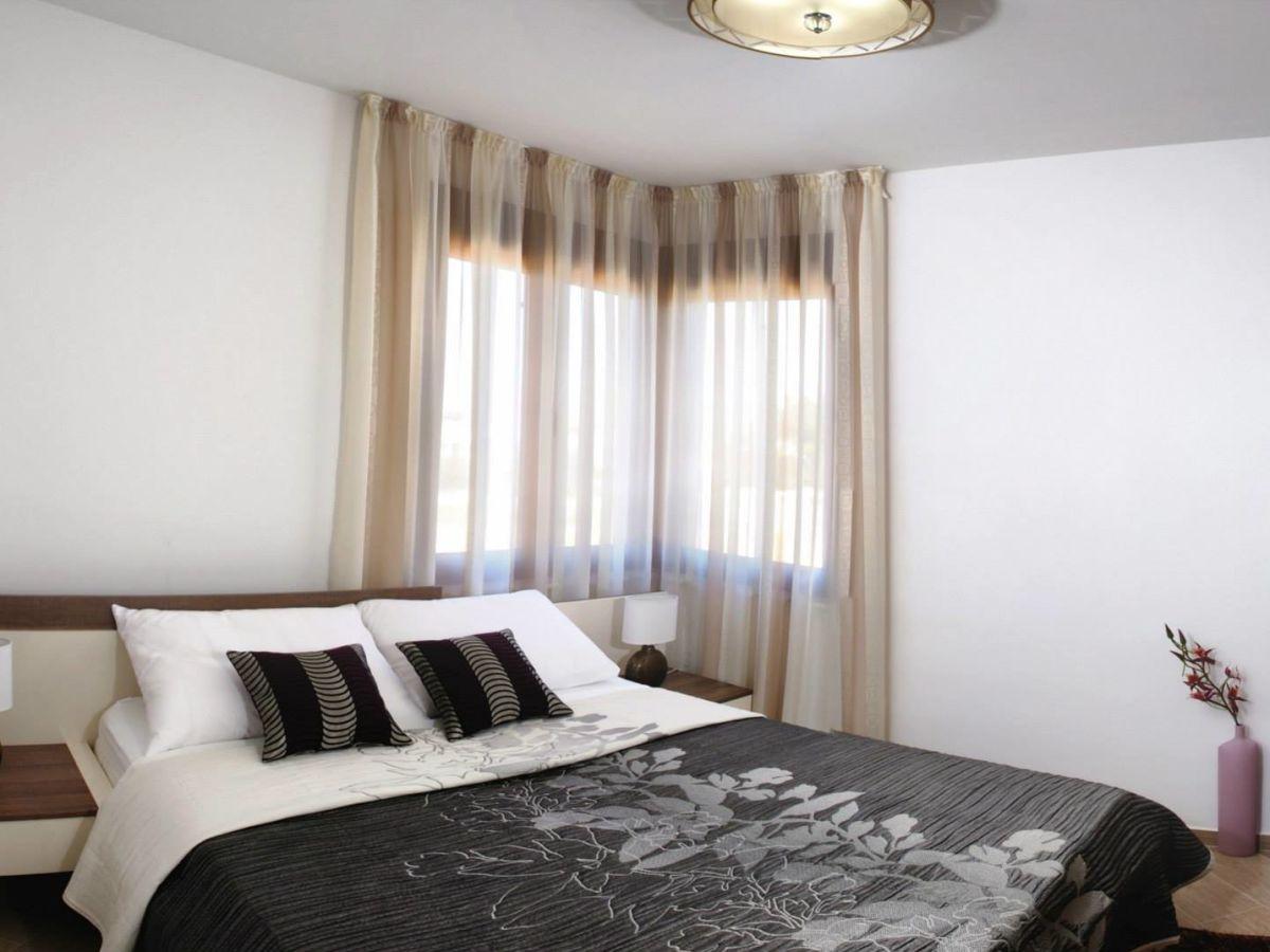 ferienwohnung malibu one 1 dalmatien insel vir mit br cke n he von zadar firma adela travel. Black Bedroom Furniture Sets. Home Design Ideas
