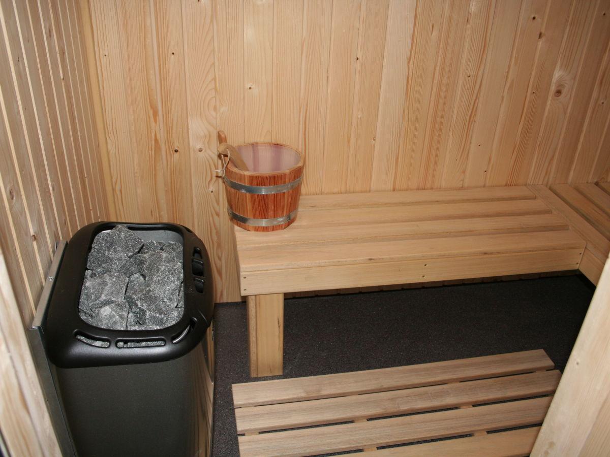 villa floris mit sauna nord holland julianadorp aan zee. Black Bedroom Furniture Sets. Home Design Ideas