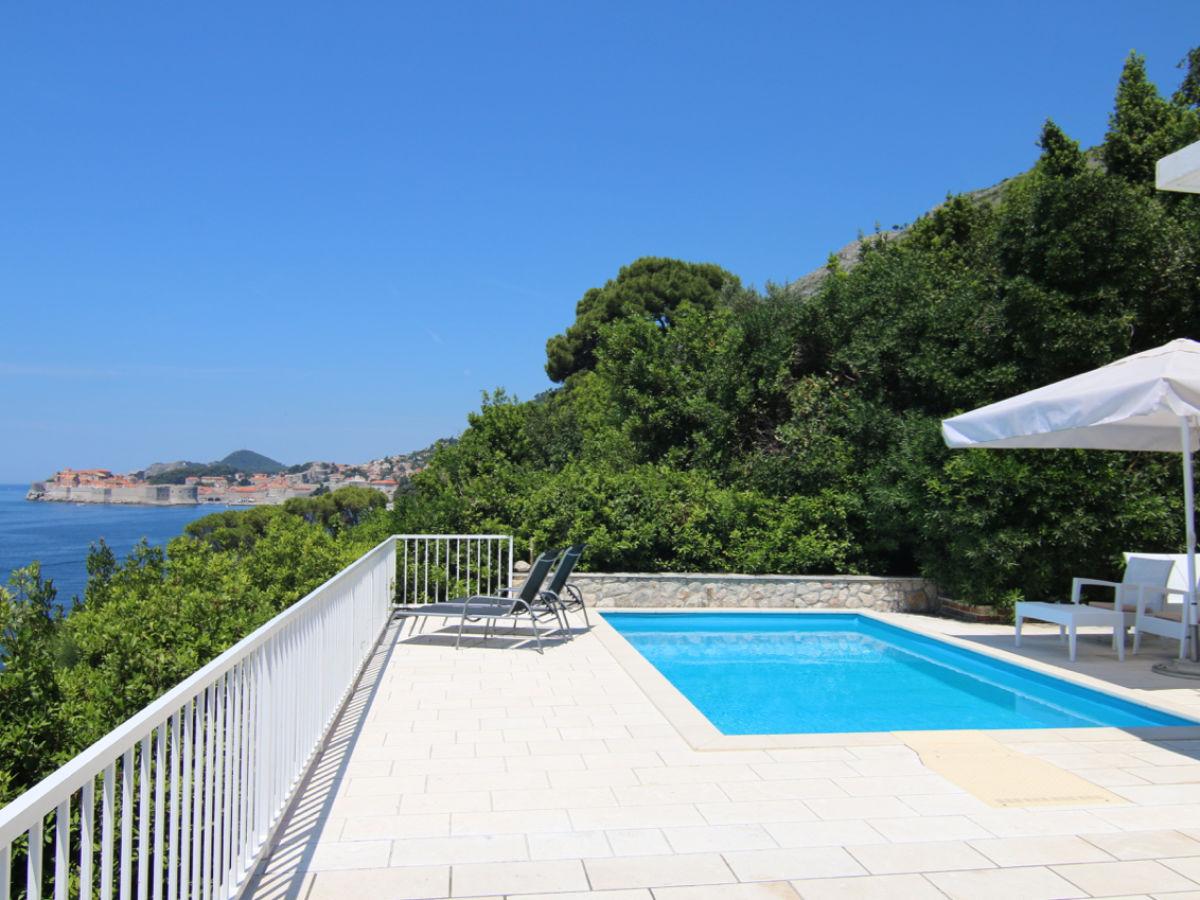 Villa alisa dubrovnik mr niksa g for Terrace pool
