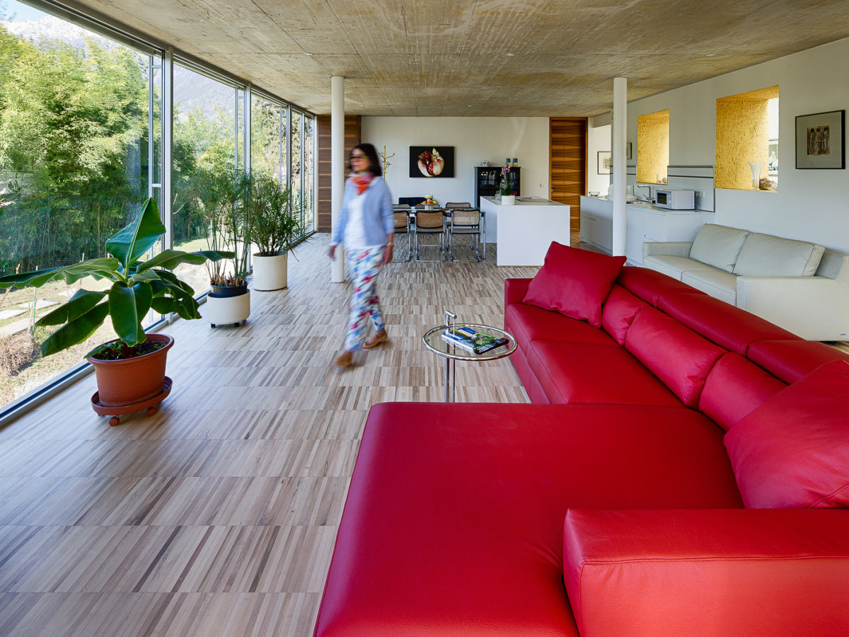 Ferienwohnung 2 gritsch schenna firma villa alvarium for Wohnlandschaft 8 personen