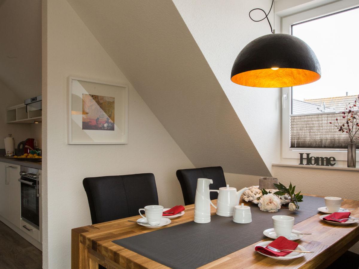 ferienwohnung neehuus whg 6 nordseeheilbad borkum firma insellust exklusive ferienimmobilien. Black Bedroom Furniture Sets. Home Design Ideas