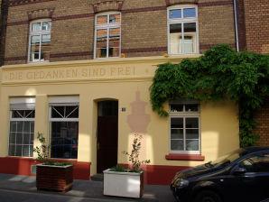 Ferienwohnung Koeln-Ehrenfeld