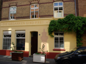 Holiday apartment Apartment-Koeln-Ehrenfeld