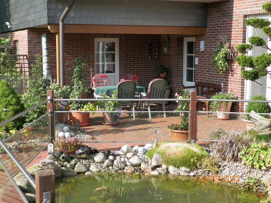 Terrasse vor dem Eingang zur Ferienwohnung