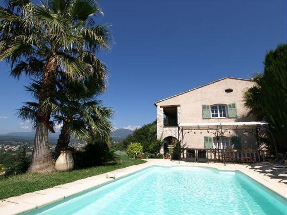 Ferienwohnung in provenzalischer Pool Villa