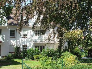 Ferienwohnung 2 Friedenstraße 7 (ZF14801)