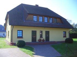 Ferienwohnung 2 Wiesenstraße 56 (ZWF1502)