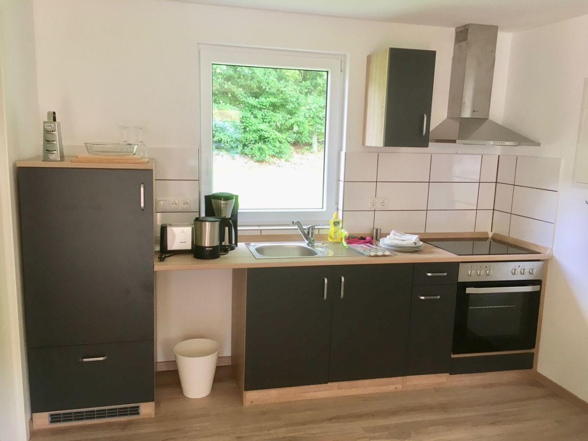 bungalow schwedenhaus hohenkirchen in mecklenburg firma ferienanlage seeblick kg frau sabine. Black Bedroom Furniture Sets. Home Design Ideas