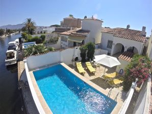 Holiday house Casa Condigo f. 4 pers. w.pool a.mooring