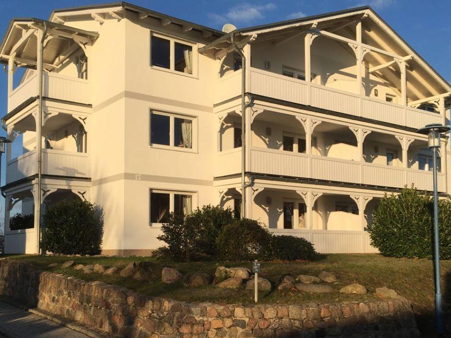 Villa Fernsicht mit schönen Balkonen