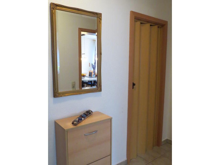 ferienwohnung carola am mitteldeich b sum firma ferienwohnungen lilo sattler herr. Black Bedroom Furniture Sets. Home Design Ideas