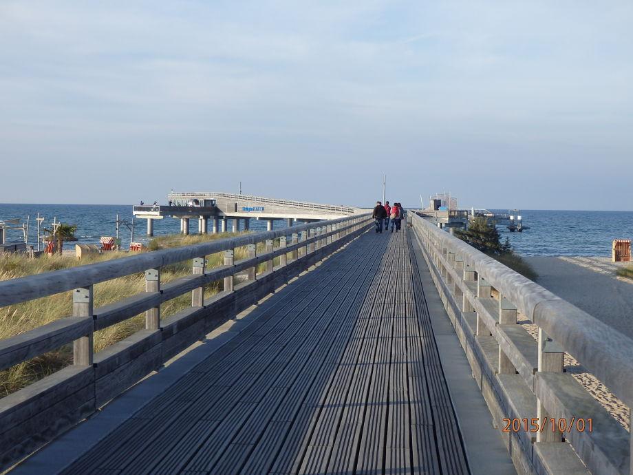 Seebrücke v Heiligenhafen
