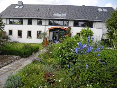 Antonie im Lindenhof