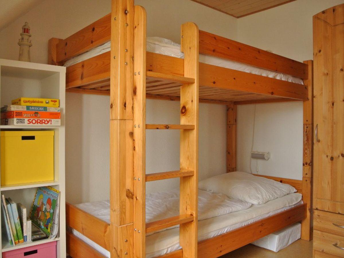 ferienhaus schwedenhaus mit sauna und kamin ostsee. Black Bedroom Furniture Sets. Home Design Ideas