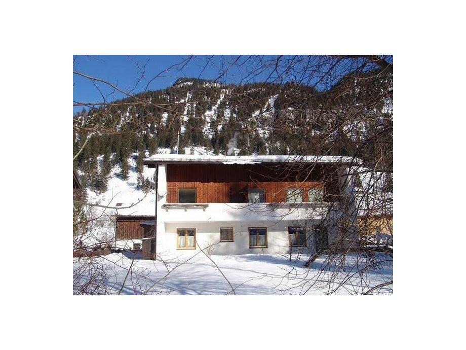 Außenaufnahme Zipfelsbach im Haus Dora