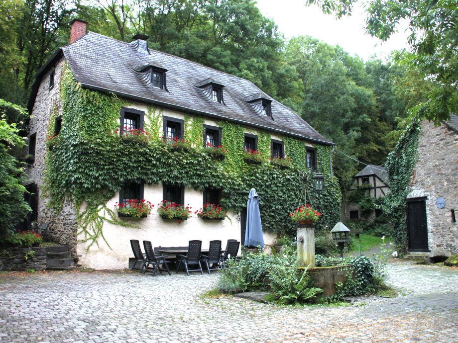 Außenaufnahme Kolliger Mühle, old watermill in the Eifel
