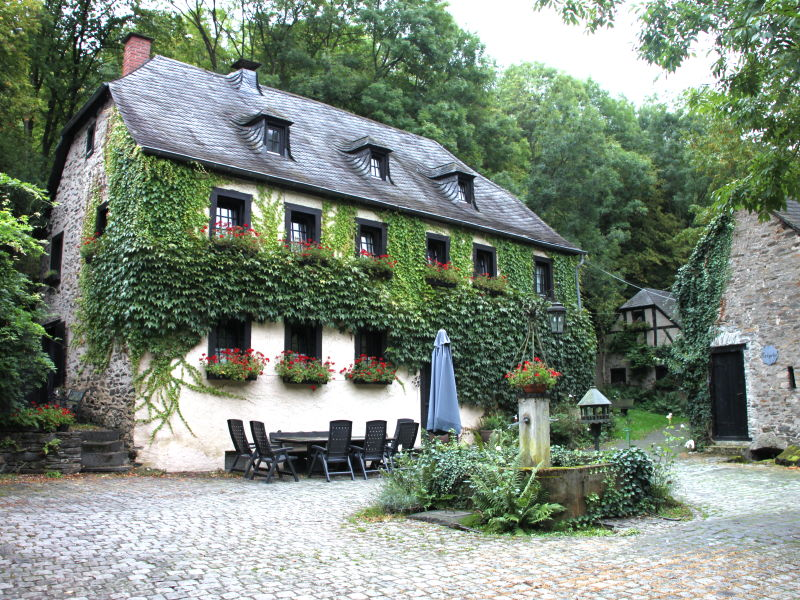 Holiday house Kolliger Mühle, old watermill in the Eifel