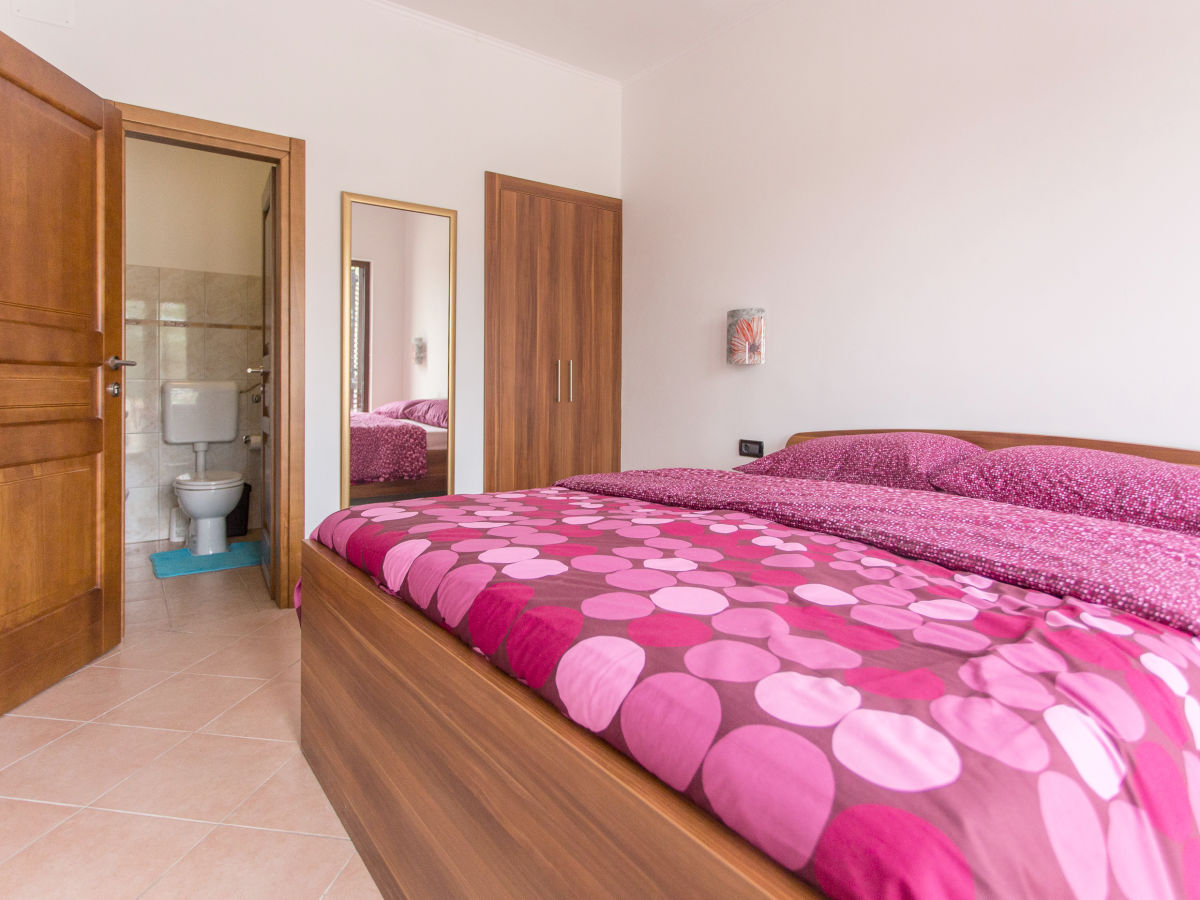 Villa lara istria firma euro tours porec mr alen babic for 1 bedroom 1 bathroom