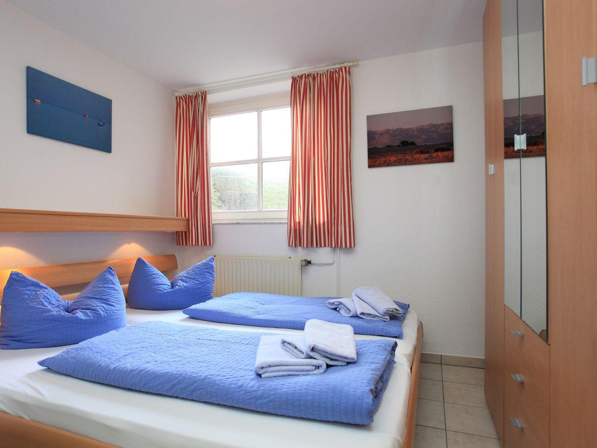 ferienwohnung haus in den d nen 4 borkum firma immobilienverwaltung annette willems frau. Black Bedroom Furniture Sets. Home Design Ideas