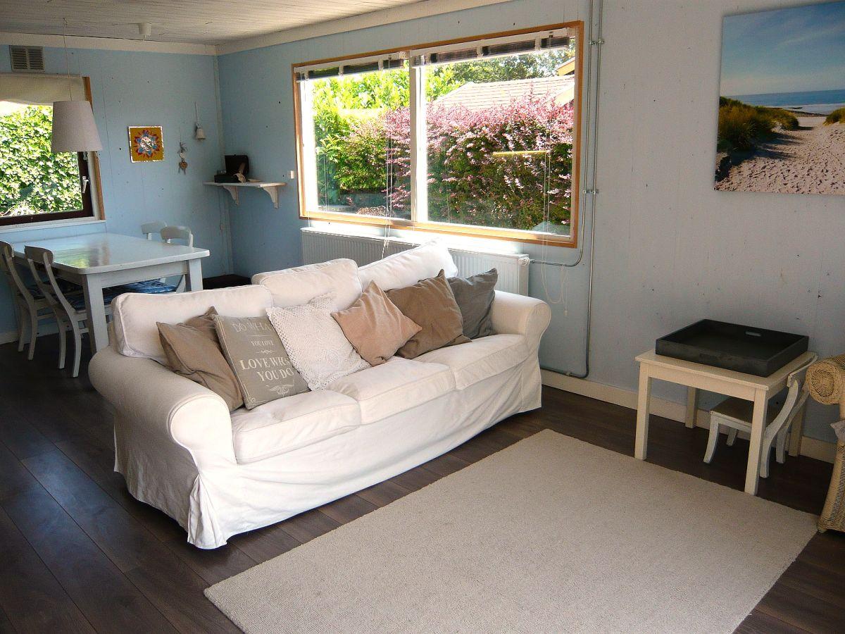 bungalow t blauwe huisje nord holland sint maartenszee firma great vakantiehuizen frau. Black Bedroom Furniture Sets. Home Design Ideas