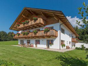 Ferienwohnung Alpenrose auf dem Mahrhof