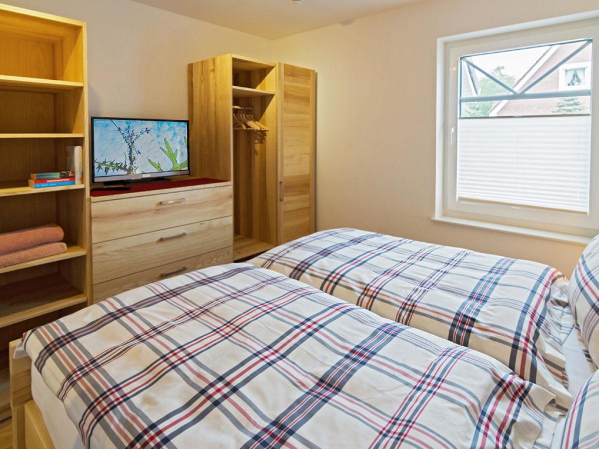 ferienwohnung st rtebeker 34 greetsiel frau a buchholz. Black Bedroom Furniture Sets. Home Design Ideas