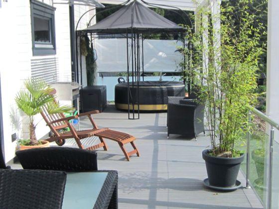ferienhaus blockhaus im harz mit sauna und whirlpool harz. Black Bedroom Furniture Sets. Home Design Ideas