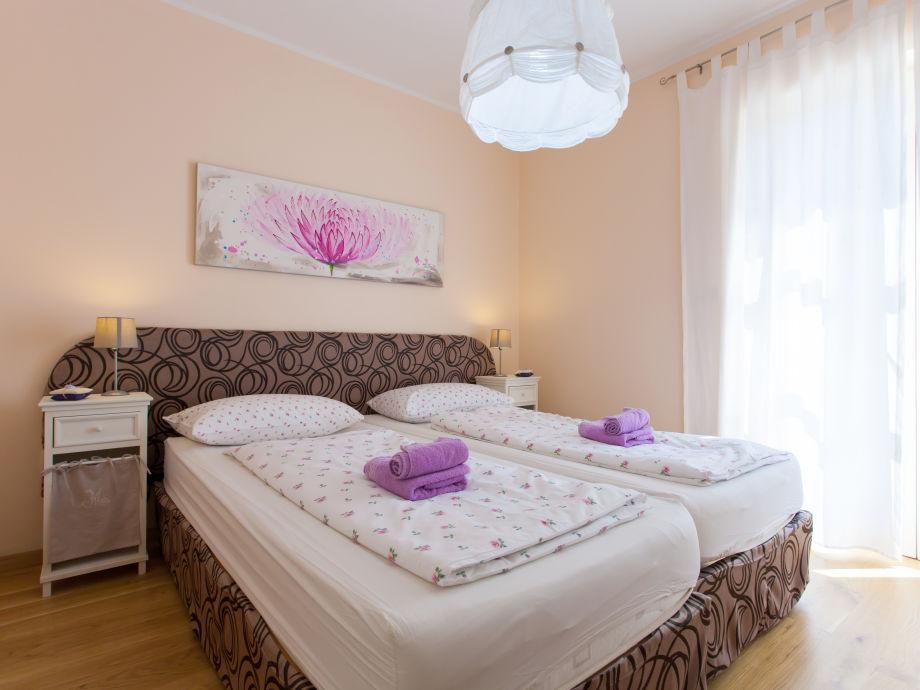 Schlaffzimmer 4 (Erdgeschoss Mit Terasse