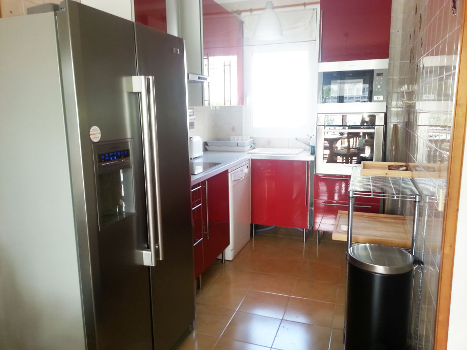 Küche Mit Amerikanischem Kühlschrank ferienhaus paradies 50 am wasser costa brava empuriabrava firma