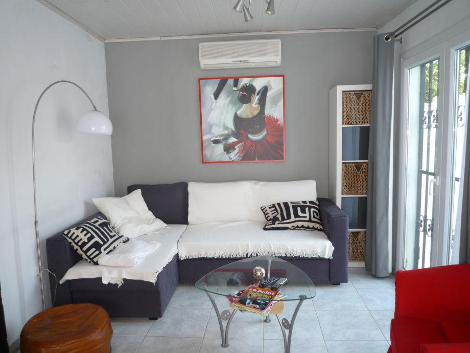 Ferienhaus paradies 203 mit pool costa brava for Sofa 45 grad ecke