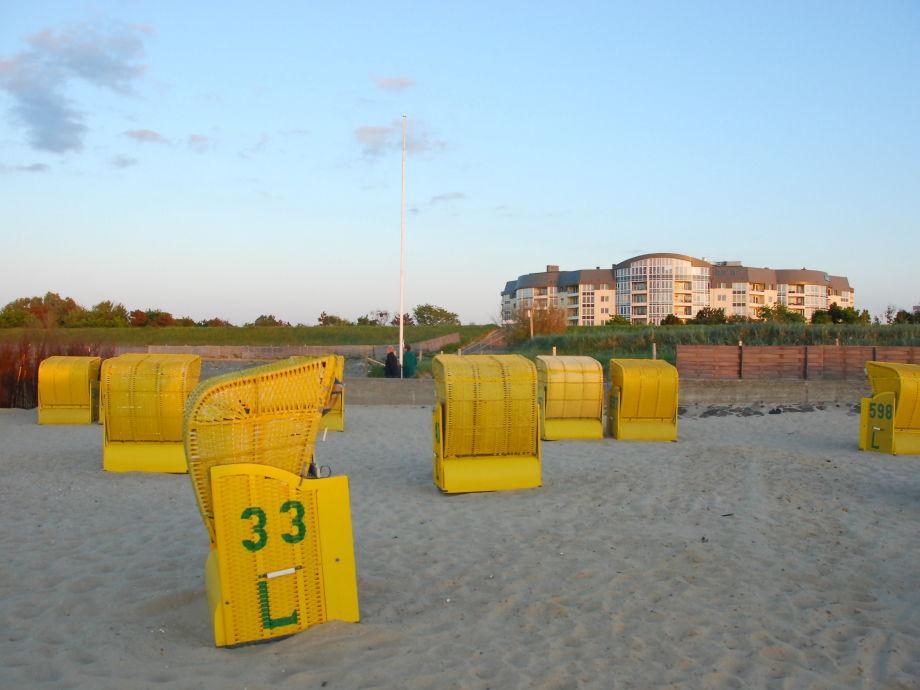 Am Strand in unmittelbarer Nähe der Kurparkresidenz