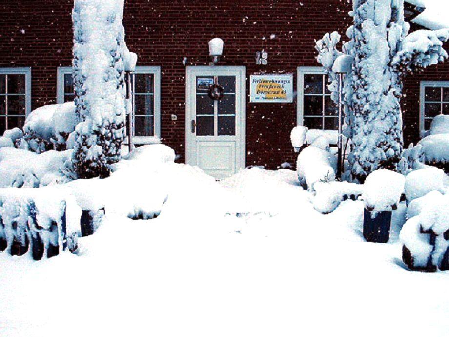Die Außenansicht im Winter