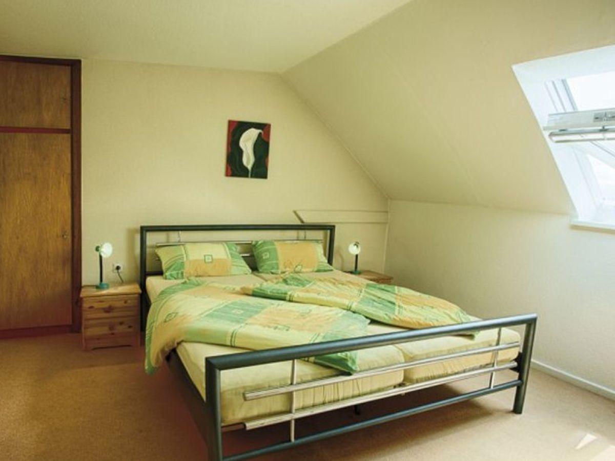 ferienwohnung ich glaub mein schwein schwein pfeift fehmarn ostsee firma holifeh gmbh. Black Bedroom Furniture Sets. Home Design Ideas