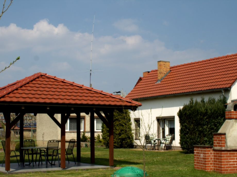 Grillplatz mit Ferienhaus