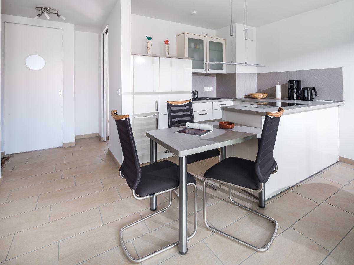 ferienwohnung schippershuus wohnung 8 norderney firma vermiet und hausmeisterservice trost. Black Bedroom Furniture Sets. Home Design Ideas