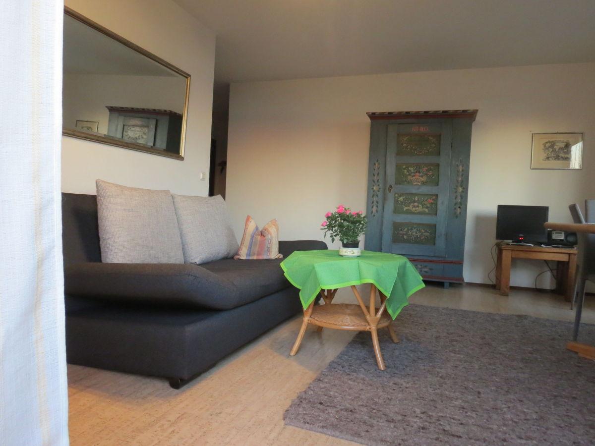 ferienwohnung bodenseeblick barrierefrei bodensee frau. Black Bedroom Furniture Sets. Home Design Ideas