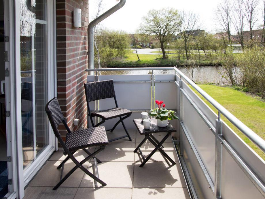 Balkon mit Wasserblick