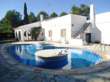 Villa AME643