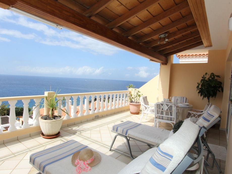 Penthouse Solimar -Terrasse mit Gartenmöbeln