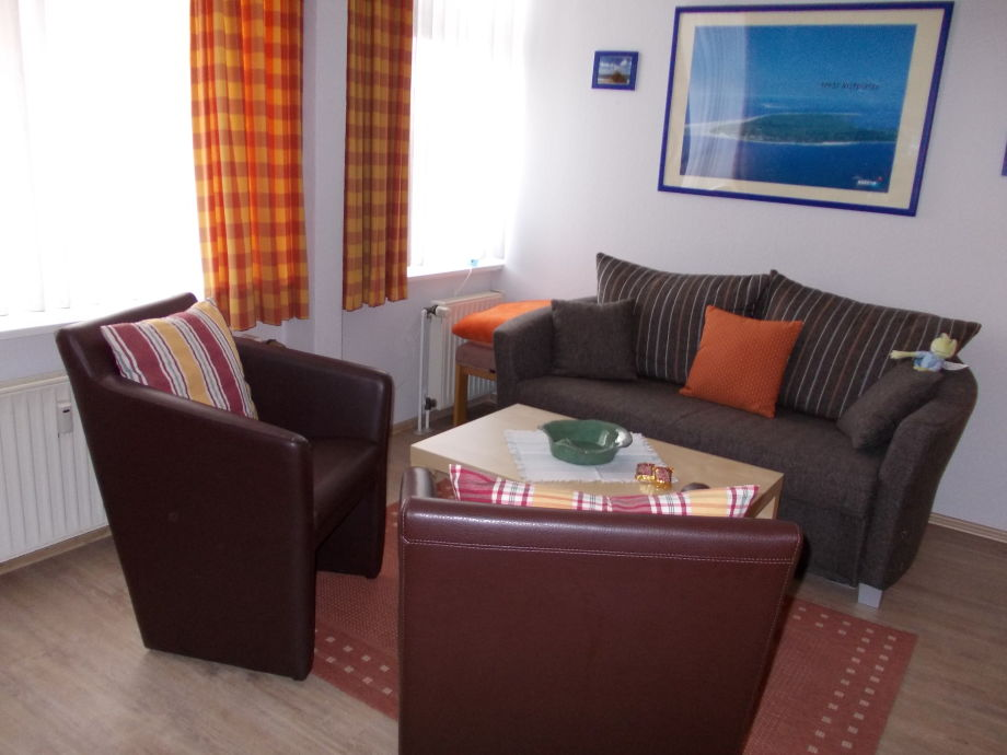 ferienwohnung attraktive fewo oskar in strandvilla. Black Bedroom Furniture Sets. Home Design Ideas