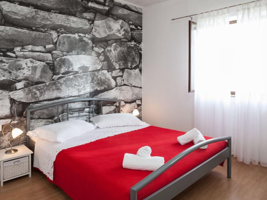 ferienhaus tfb103 dalmatien firma croatia tours makarska d o o frau martina viskovic. Black Bedroom Furniture Sets. Home Design Ideas