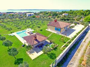 Villa mit herrlichem Meerblick