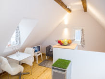 Apartment smalltalk