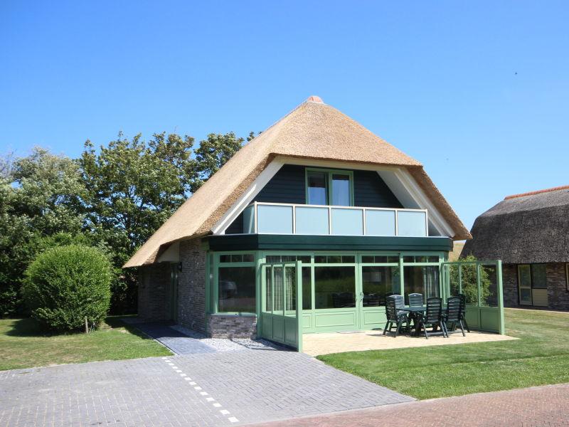 Villa De Witte Hoek mit Wintergarten