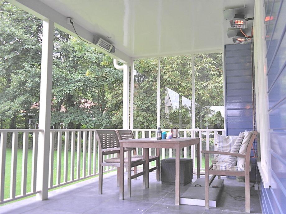 Die überdachte Terrasse