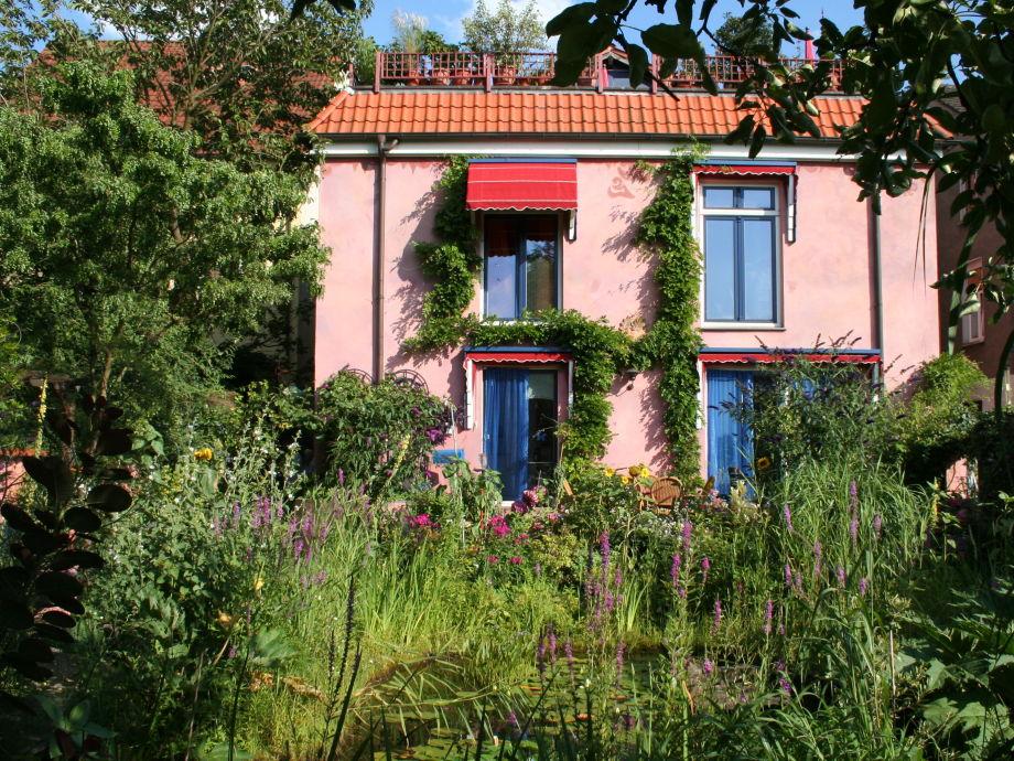 Blick vom Garten auf  unser Ferienhaus