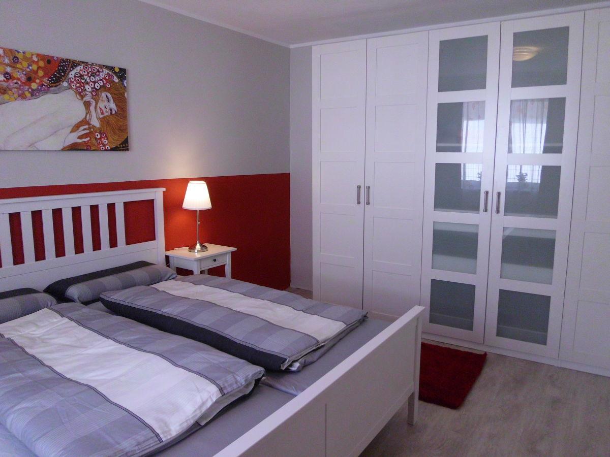 Beautiful Großer Kleiderschrank Schlafzimmer Pictures - Amazing ...